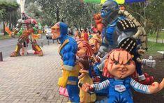 Quemar un monigote en memoria de los buenos y malos ratos del año que termina es una de las principales tradiciones que se celebran en Ecuador entre los últimos minutos del 31 de diciembre y los primeros de cada 1 de enero.