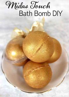 Midas Touch Bath Bomb DIY   12 DIY Bath Bombs   Bath Bombs Made Easy, see more at: http://diyready.com/diy-bath-bombs-bath-bombs-made-easy/
