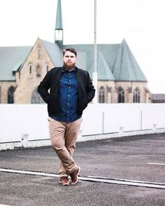 35 Best Casual Outfit for Plus Size Men Chubby Men Fashion, Mens Plus Size Fashion, Big Men Fashion, Men's Fashion Brands, Fashion Stores, Fashion Outfits, Plus Size Men, Moda Plus Size, Clothes For Big Men