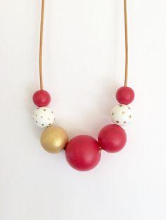 Collier bulle géométriques Perle en bois peint à la main / collier de déclaration / perles rondes / main peinte / géométrique / polk a points / corail / demoiselle d'honneur