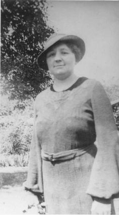 Vintage photograph of Doctor Stella Boyd of Evansville, Indiana. She is famous for prescribing diaphragms for married women, despite their illegality, making her an important figure of the early twentieth century in women's health and reproductive rights.