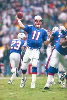 Flashback: Patriots game in Mexico Patriots Fans, American Football, Football Team, College Football, New England Patriots Players, Nfl Highlights, Drew Bledsoe, 49ers Players, Sports