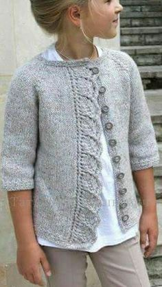 This Pin was discovered by Meral Açık. Discover (and save!) your own Pins on P… - Cardigan stricken Kids Knitting Patterns, Knitting For Kids, Lace Knitting, Knit Crochet, Diy Crafts Knitting, Knit Cardigan Pattern, Girls Sweaters, Heather Brown, Brown Cardigan