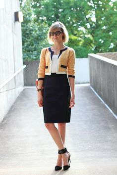 District of Chic / nose to the grindstone // via bestfashionbloggers.com