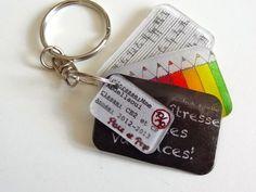 """porte-clés """"Merci maîtresse !"""" en plastique fou"""