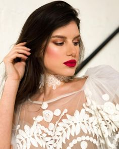 machiaj mireasa ochi caprui superb si elegant Bridal Make Up, Bridal Looks, Red Lips, That Look, Nude, Artist, Instagram, Artists