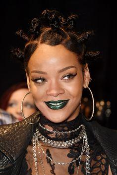 Rihanna blue lipstick - Crazy Eyes hair - Bantu knots - Rihanna ...
