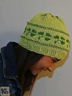 Shamrock_beanie_side_view_small2