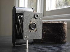 Antique Kodak Vest Pocket Autographic Camera by JuniperHome Antique Cameras, Vintage Cameras, Pocket Camera, Movie Camera, I Shop, Vest, Antiques, Modern, Leather