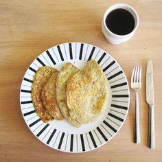 Breakfast pancakes with only eggs, coconut, banana and cinnamon #studiocookart #cookart