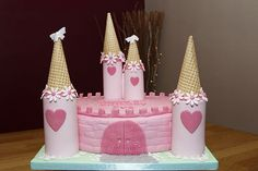 castle birthday cakes for girls | Castle Cake with fondant turrets