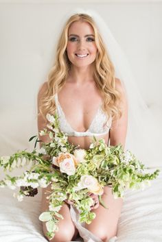 How To Prepare For a Boudoir Shoot | Julie Michaelsen Photography | Bridal Musings Wedding Blog