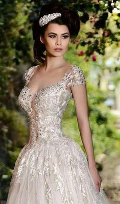 Beautiful Stunning Romantic Wedding Gown ~ Rami Salamoun