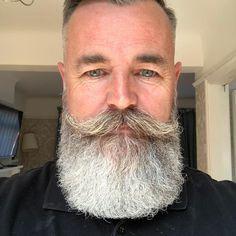 for men who love long bearded men Beard And Mustache Styles, Beard No Mustache, Long Beard Styles, Hair And Beard Styles, Hair Styles, Grey Beards, Long Beards, Beard Haircut, Bald With Beard