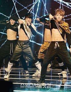 Jhope, jungkook, v and jimin Taehyung Abs, Jungkook Abs, Bts Bangtan Boy, Bts Jungkook, Bts Predebut, Foto Bts, Bts Video, Foto E Video, Kpop Love