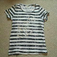 J.crew small anchor tshirt Anchor tshirt Size small Great condition no stains or holes Paired with white slacks and blue blazer classic outfit J.Crew Factory Tops Tees - Short Sleeve