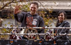 Hunter Pence waves to fans along the route, as the world champion San Francisco Giants celebrate their victory with a parade through downtown San Francisco, Calif., on Friday Oct. 31, 2014. Photo: Michael Macor, The Chronicle