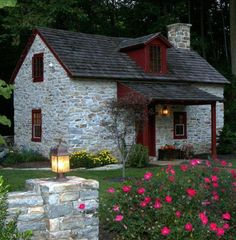Lancaster Vacation Rental - VRBO 95665 - 1 BR Dutch Country Cottage in PA, Restored Century Stone Cottage Little Cottages, Cabins And Cottages, Little Houses, Stone Cottages, Stone Houses, Style At Home, Cottage Homes, Cottage Style, Petits Cottages