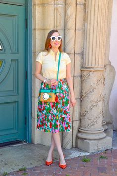 Hello Katie Girl: Lights, Camera, Action! Bright Shoes, Colorful Shoes, Colourful Outfits, Cute Camera Bag, Celine Earrings, Nerd Chic, Lights Camera Action, California Style, Outfit Posts
