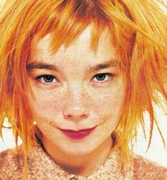 """""""Blond madness"""" Björk by Lorenzo Agius - i-D July 1996 ( she looks like Pippi Longstockings! Pretty People, Beautiful People, Beautiful Voice, Unique Faces, Poses References, Portraits, Grunge Hair, Interesting Faces, Drawing People"""