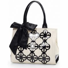 Meet me at The Taj Hampton Square Tote  **Available at Ear Abstracts Boutique 714.996.3505 We ship!