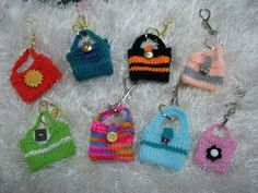 Knitted key ring bags