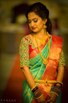 Turquoise Jewelry Outfit beautiful turquoise sari with traditional gold jewelry-south Indian wedding - Check out bridal portraits from Anusha and Savan's wedding by Ganesh Photography South Indian Wedding Saree, South Indian Bridal Jewellery, Indian Bridal Sarees, Bridal Silk Saree, Indian Wedding Jewelry, Indian Beauty Saree, Saree Wedding, Silk Sarees, Marathi Wedding