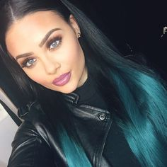 Flawless Makeup Natural Straight Hair Middle Part Parting Ombre Blue Green Dip Dye Beauty MacKenzieHyatt