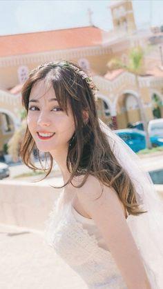 Pretty Asian, Beautiful Asian Women, Mode Bollywood, Korean Girl Fashion, Elegant Wedding Hair, Chinese Actress, Ulzzang Girl, Stylish Girl, Girl Pictures