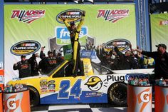 In the race that decided the lineup for the Round of 6 in the inaugural NASCAR Camping World Truck Series Chase, Alabama native Grant Enfinger stole the thunder from the playoff drivers in Saturday…
