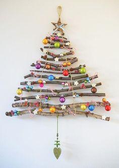 Wisząca choinka - pomysł na elegancką zimową dekorację!