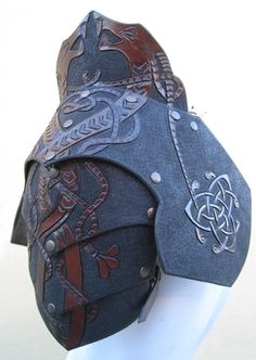 Soooooo this is a project I am working on for the medieval fair in montreal. I am pretty happy with it!!