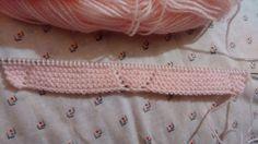 TUTORIAL PATUQUITOSMateriales:***  Estos son de punto dos agujas. Si los quereis para recien nacido, usad lana  fina y agujas del 2,50 mm... Knit Crochet, Knitting, Crafts, Lana, Shoes, Diy, Pink Shoes, Craft, Dresses