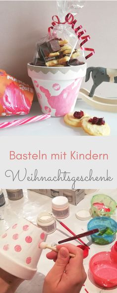 Basteln mit Kindern: DIY Weihnachtsgeschenk DIY Christmas present – handicrafts with children. Paint flower pots with children for homemade cookies. The handicraft instructions are available LeniBel. Diy Christmas Presents, Presents For Kids, Kids Gifts, Christmas Diy, Diy For Kids, Crafts For Kids, Diy Cadeau Noel, Birthday Rewards, Painted Flower Pots