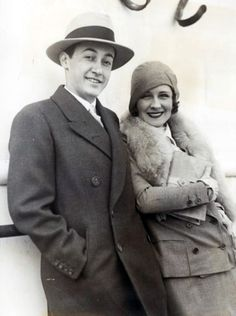 Irving and Norma Shearer Thalberg. Look how perfect they were. Hollywood Icons, Golden Age Of Hollywood, Vintage Hollywood, Classic Hollywood, Sun Valley Ski, Irving Thalberg, Norma Shearer, Men Are Men, Silent Film Stars