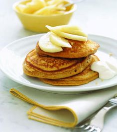 Gingerbread Pancakes with Pears and Yogurt