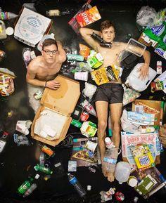 Poser dans les déchets que nous produisons en 7 jours…