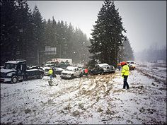 Near where I live on our freeway exit! Eek! 1 dead, 3 injured after crash closes I-5 near Battle Ground exit