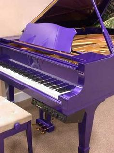 Purple is my favorite color.This piano is awesome, even though it is a player piano. Purple Home, Purple Lilac, Shades Of Purple, Deep Purple, The Color Purple, Purple Baby, Bright Purple, Mundo Musical, Purple Furniture