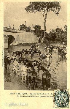 Quartier de cavalerie, la baignade des chevaux dans la Marne