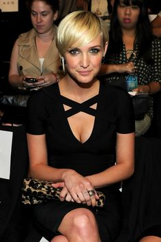 Ashlee Simpson Layered Razor Cut