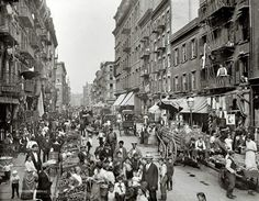 Taken in 1900 in Mulberry Street, before Little Italy became a destination filled with hungry tourists, it was actually filled with first generation Italian immigrants. #NYC