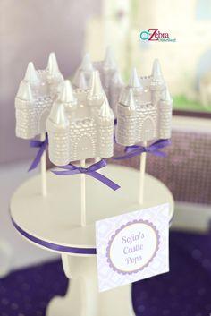 Castle pops at a Princess Party #princess #party