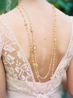 If you're a fan of blush pink wedding details and want to use this popular tone in an elegant way, check out this sweet Tuscan inspired wedding editorial fromDMS WeddingsandLindsey Brunk. The blush pink BHLDN gown takes centre stage in this delicate European styled session and the stunning bloomsfromEverly Alaine Floralsmake this editorial a Tuscan …