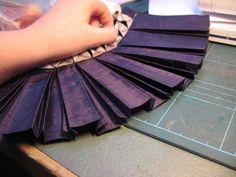 manipulation fabric - pleats by learningtofly_katafalk, via Flickr