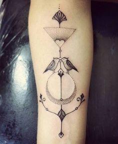 Isa Montenegro - Conheça as Tattooistas, um grupo de tatuadoras brasileiras apaixonadas pela arte em todas as suas formas;