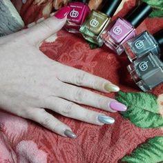 Essens laky na nehty Nail Polish, Gel Nails, Nailart, Flat Brush, Manicure And Pedicure, Trendy Nails, High Gloss, Hair Beauty, Pink