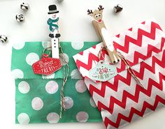 Holiday Pin-Ups Kit   Petite Places: Holiday Lane...