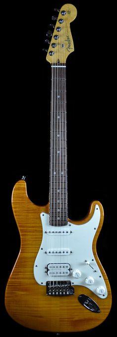 Wild West Guitars : Fender Select Stratocaster HSS
