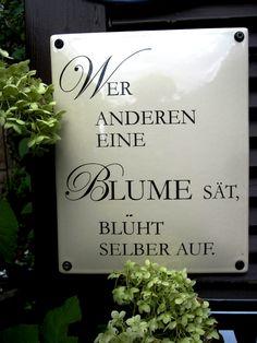 Edles Spruchschild - eine großartige Ganzjahreszier im Garten. Gewölbte Ausführung in Grundfarbe beige